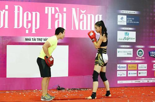 Độc đáo phần thi tài năng của người đẹp Hoa hậu Việt Nam 2016 - 2