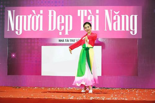 Độc đáo phần thi tài năng của người đẹp Hoa hậu Việt Nam 2016 - 5