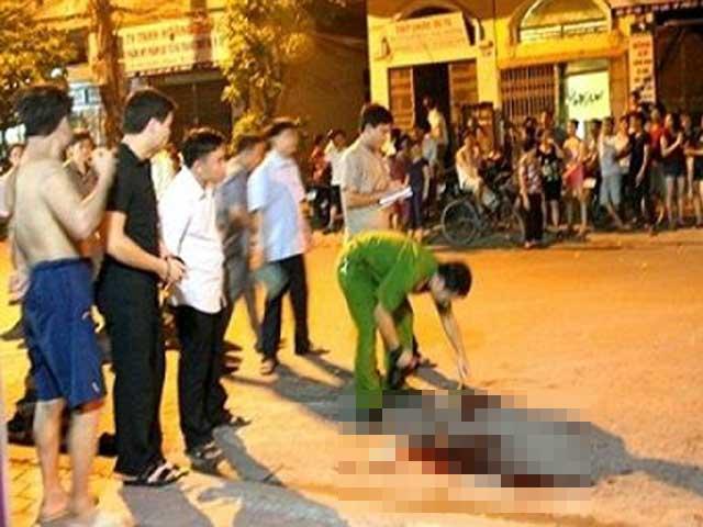 Đâm chết 2 người trong đêm, nam thanh niên ra đầu thú - 1