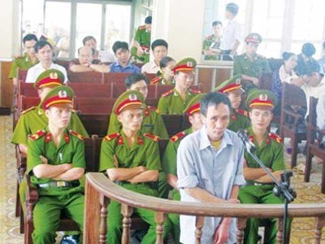 Lại trả hồ sơ vụ giết người, hiếp dâm trẻ em ở Bắc Giang - 1
