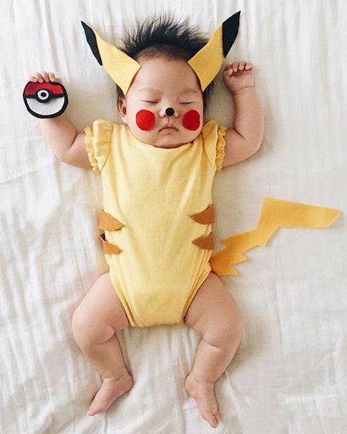 Cô bé 4 tháng tuổi thành ngôi sao hot nhất Instagram - 1
