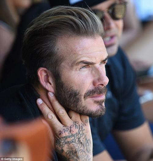 Cả cơ thể toàn hình xăm về phụ nữ trong đời David Beckham - 3