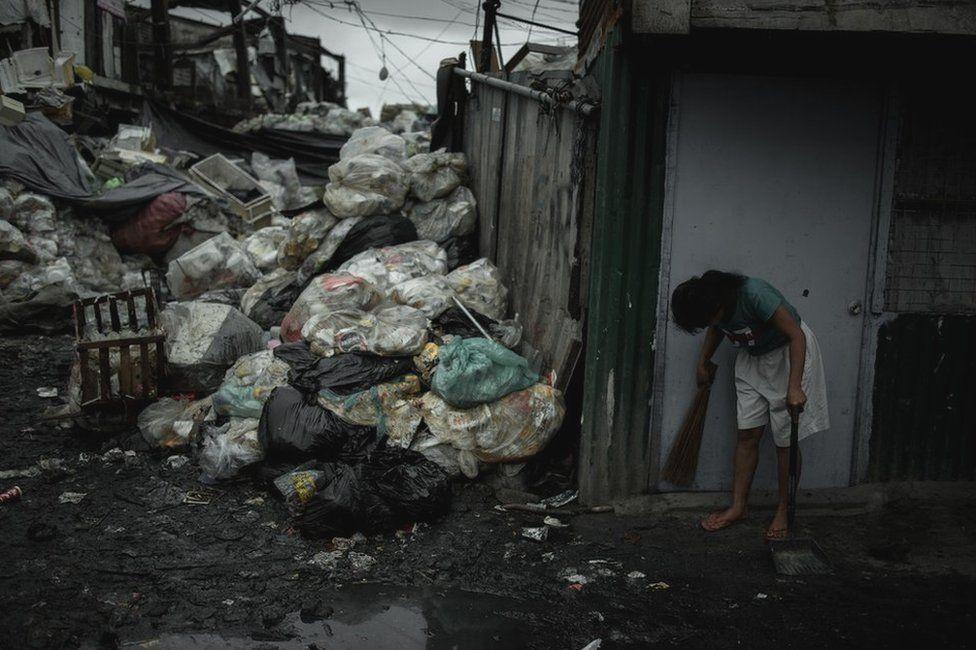 "Philippines: Thiếu phụ một con giết 6 ""trùm"" ma túy - 1"