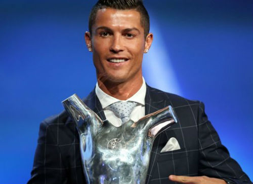 Tin HOT tối 26/8: Ronaldo giải nghệ năm 41 tuổi - 1