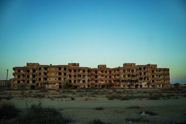 Cuộc sống ngột thở trong thành trì mới của IS tại Libya - 2