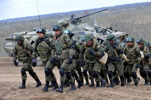 "Nga bất ngờ ""khai hỏa"" khiến Mỹ, NATO lo lắng - 3"