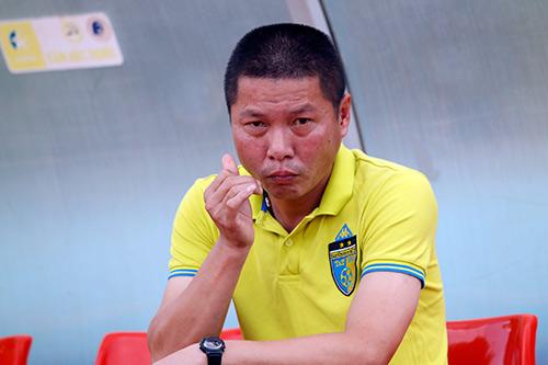 Bầu Hiển cười tươi, khen cả Hà Nội T&T lẫn Sài Gòn FC - 12