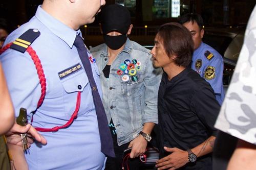 Bi Rain kín mít từ sân bay đến khách sạn khi ở Việt Nam - 8