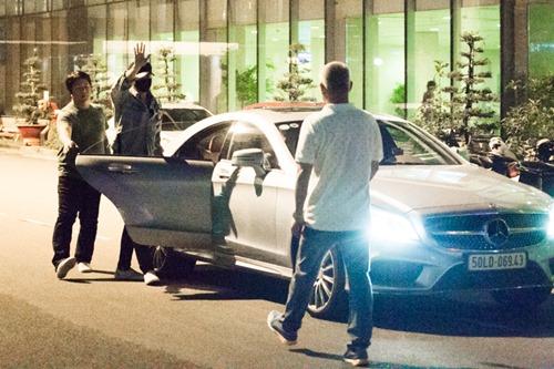 Bi Rain kín mít từ sân bay đến khách sạn khi ở Việt Nam - 5