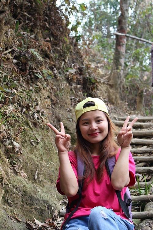 Cô gái người Dao giành học bổng 47.000 euro - 2