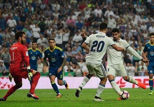 Real Madrid - Celta Vigo: Gian nan trên đất nhà - 1