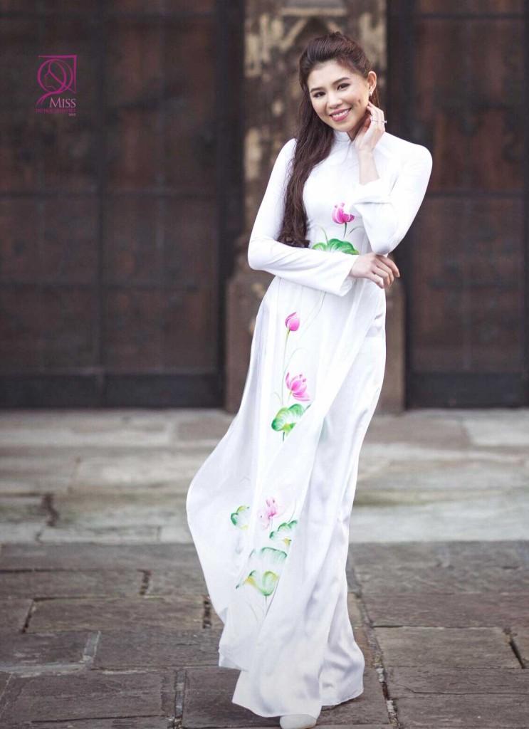 """Nét """"Tây"""" khó rời mắt của nữ du học sinh thi Hoa hậu VN - 4"""