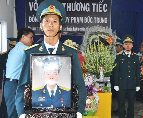 Vĩnh biệt Thiếu úy phi công Phạm Đức Trung - 6