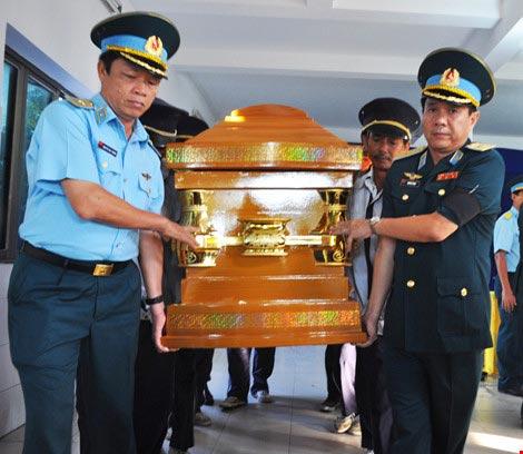 Vĩnh biệt Thiếu úy phi công Phạm Đức Trung - 8