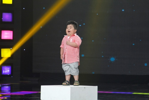 """Ốc Thanh Vân khóc vì """"thần đồng nhí 5 tuổi"""" - 1"""
