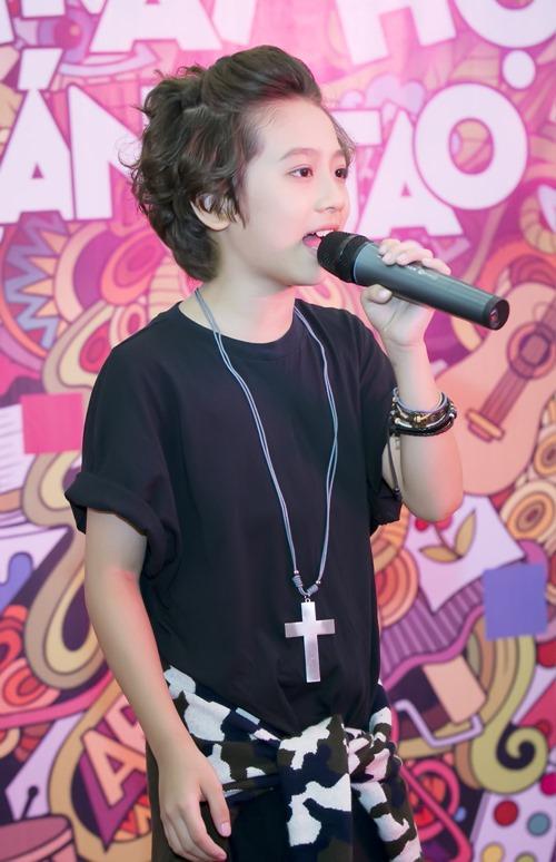 """""""Soái ca nhí"""" Idol Kids được cổ vũ khi hát hit của Sơn Tùng - 4"""