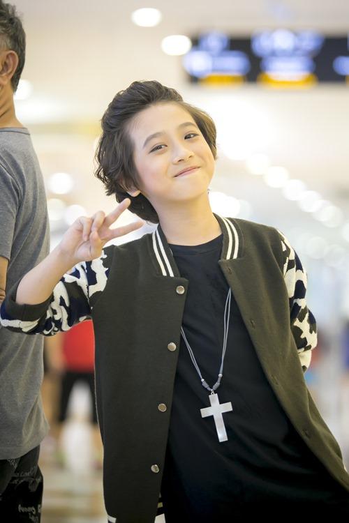 """""""Soái ca nhí"""" Idol Kids được cổ vũ khi hát hit của Sơn Tùng - 9"""