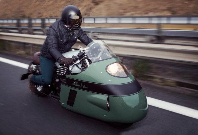 Hãng xe Numbnut ở Hà Lan liên kết với hãng thiết kế Gannet ở Thụy Sĩ và Vanguard đã quyết định làm sống lại huyền thoại xe đua 1955 Moto Guzzi của Giulio Cesare Carcano.