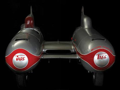 """""""Kinh hoàng"""" xe hơi kiểu ngư lôi có tốc độ gần 300 km/h - 3"""