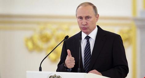 Báo Nga: Tỉ phú người Mỹ âm mưu lật đổ Tổng thống Putin - 1