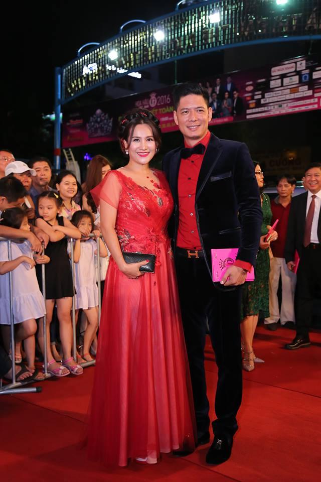 Sao Vbiz nô nức đổ về thảm đỏ Chung kết Hoa hậu VN - 6