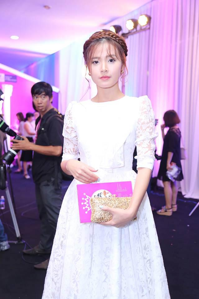 Sao Vbiz nô nức đổ về thảm đỏ Chung kết Hoa hậu VN - 33