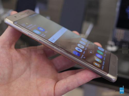 Số lô đặt hàng Galaxy Note 7 gấp đôi Galaxy Note 5 - 3