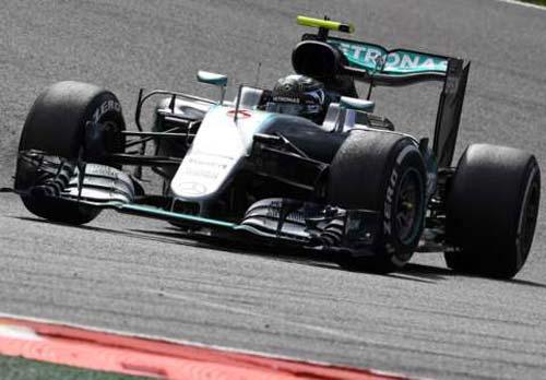 F1, Belgian GP: Đầy rẫy tai nạn, sự cố - 1