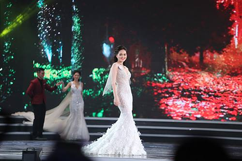 Nhan sắc Hà Nội đăng quang Hoa hậu Việt Nam 2016 - 17