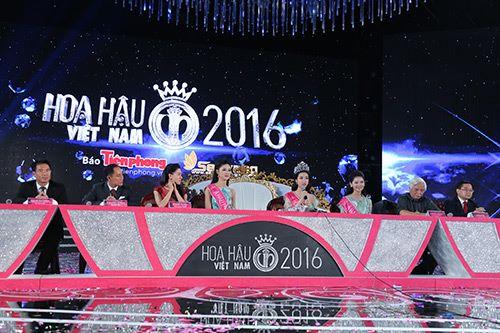 Tân Hoa hậu VN không bận tâm vì bị so sánh với 2 á hậu - 2