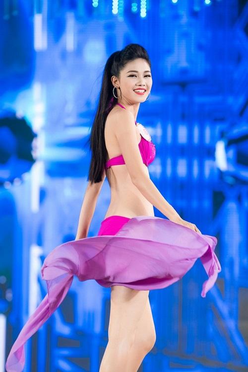 """Trọn bộ ảnh bikini """"nét căng"""" tại Chung kết Hoa hậu VN - 2"""