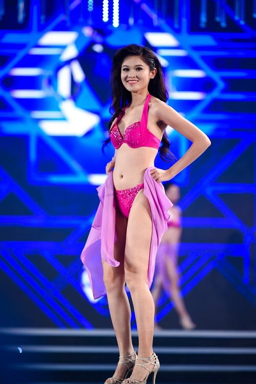 """Trọn bộ ảnh bikini """"nét căng"""" tại Chung kết Hoa hậu VN - 3"""