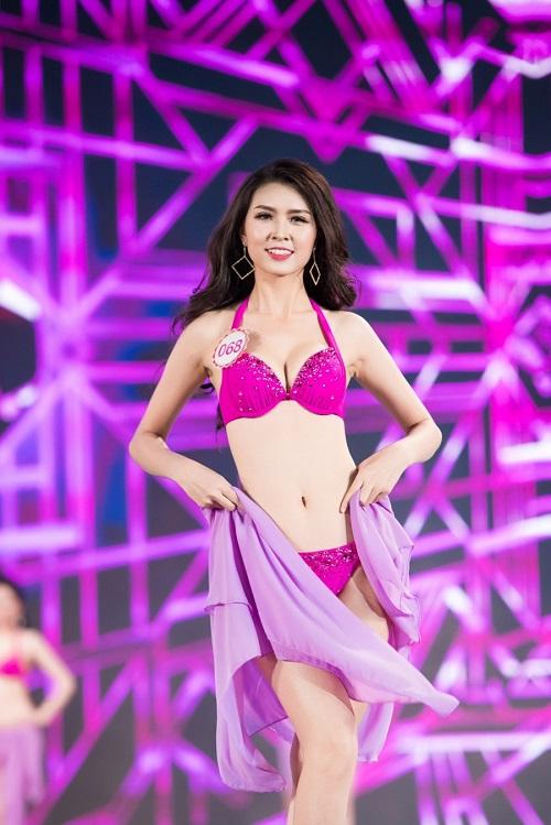 """Trọn bộ ảnh bikini """"nét căng"""" tại Chung kết Hoa hậu VN - 12"""