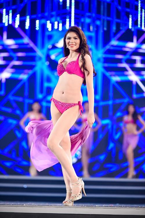 """Trọn bộ ảnh bikini """"nét căng"""" tại Chung kết Hoa hậu VN - 15"""