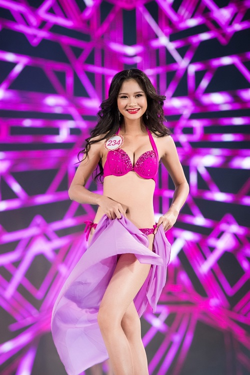 """Trọn bộ ảnh bikini """"nét căng"""" tại Chung kết Hoa hậu VN - 30"""