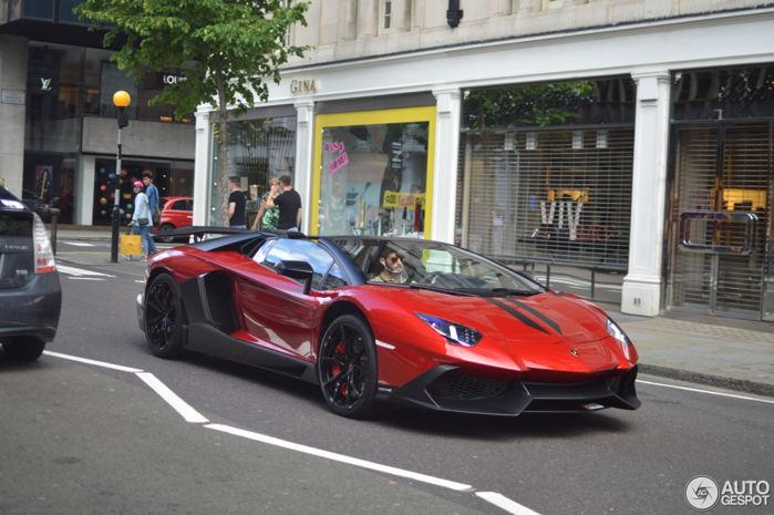 """Lamborghini Aventador LP 720-4 """"cực độc"""" trên đường phố London - 2"""