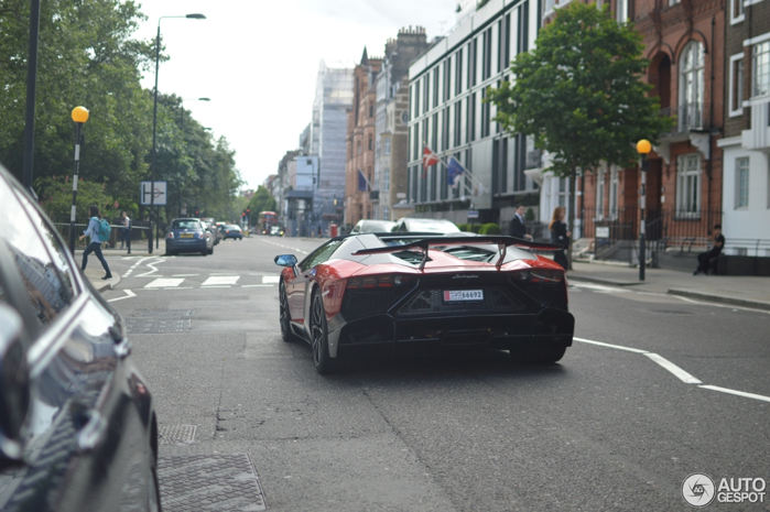 """Lamborghini Aventador LP 720-4 """"cực độc"""" trên đường phố London - 5"""