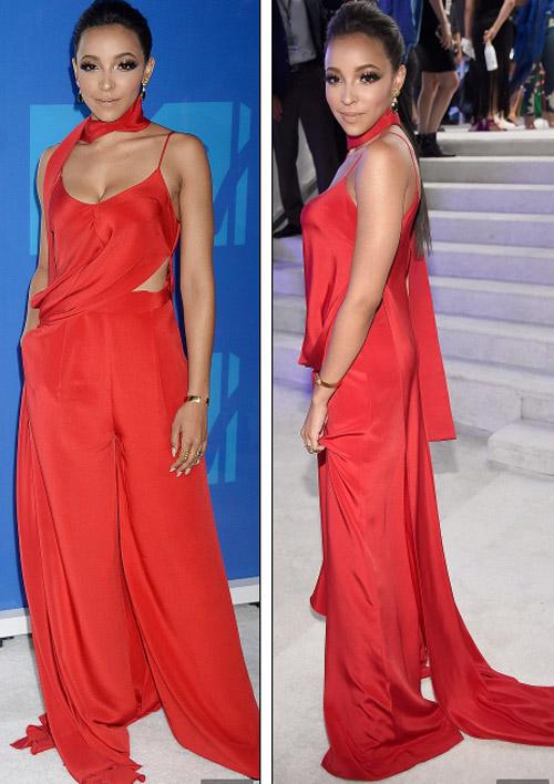 Beyonce nổi nhất thảm đỏ VMA với váy mỏng như sương - 17