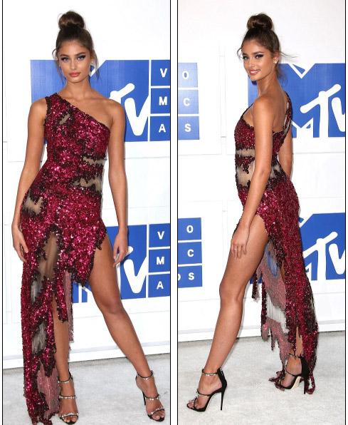 Beyonce nổi nhất thảm đỏ VMA với váy mỏng như sương - 19