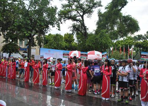 GIANT Việt Nam tài trợ giải đua xe đạp mở rộng 2016 - 2