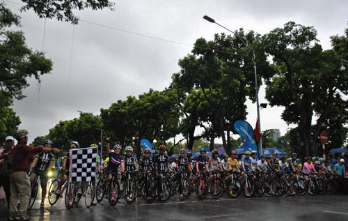GIANT Việt Nam tài trợ giải đua xe đạp mở rộng 2016 - 3