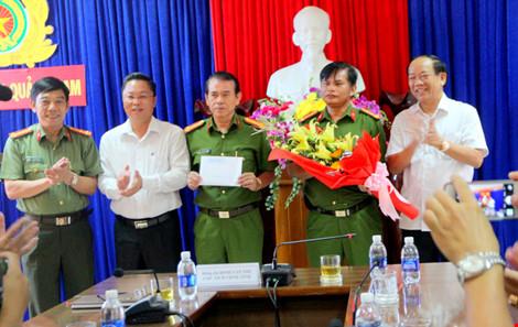 """Chủ tịch tỉnh Quảng Nam: """"Vụ phá rừng pơ mu không đơn giản"""" - 1"""