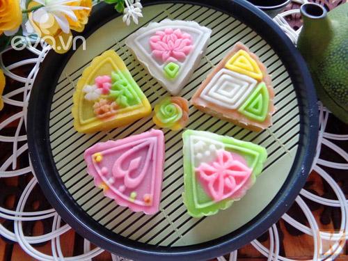 """Bánh Trung thu dẻo nước cốt dừa ngon miệng, """"ngon mắt"""" - 8"""