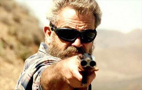 """Ngộp thở xem """"bố già"""" Mel Gibson đua xe ở tuổi 60 - 3"""