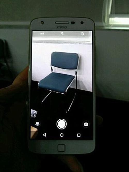 Moto Z  Play hiện nguyên hình, camera chính 16MP - 3