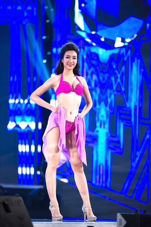 Ngây ngất với ảnh bikini sexy của tân hoa hậu Việt Nam - 11