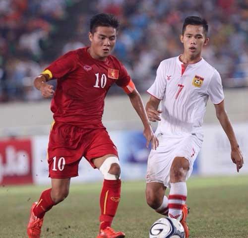 Lo tuyển bóng đá Việt Nam mỗi đội chơi một phong cách - 1