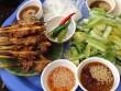 """Bánh ít thịt nướng món """"best seller"""" ở phố Hội"""