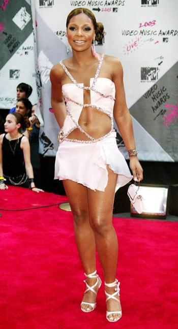 """Điểm lại những bộ trang phục """"điên rồ"""" nhất VMAs các năm - 8"""