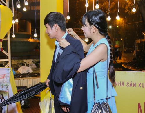 Vắng Hari Won, Trấn Thành lẻ loi xuất hiện giữa bão scandal - 6